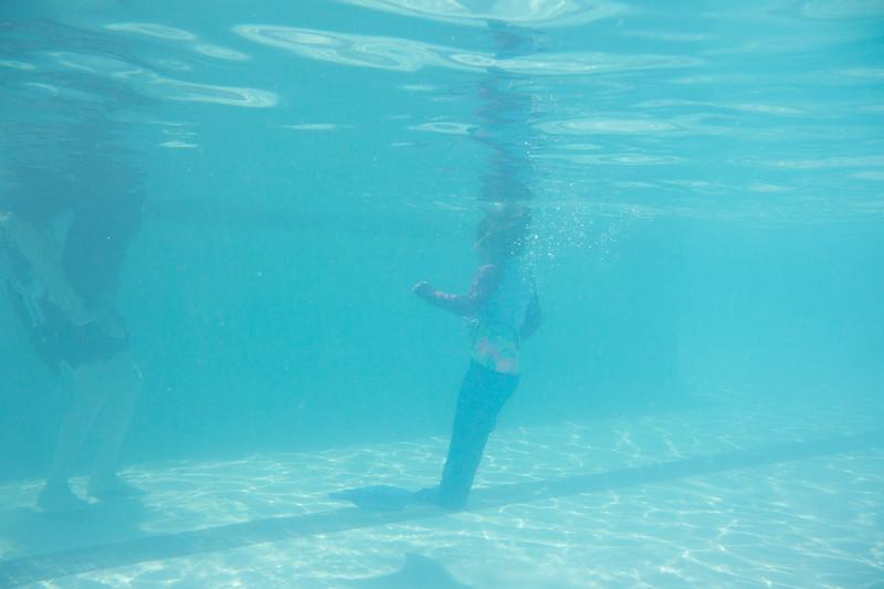 Pool fun-194.jpg