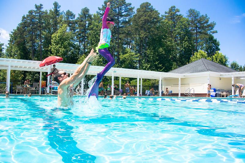 Pool fun-606.jpg