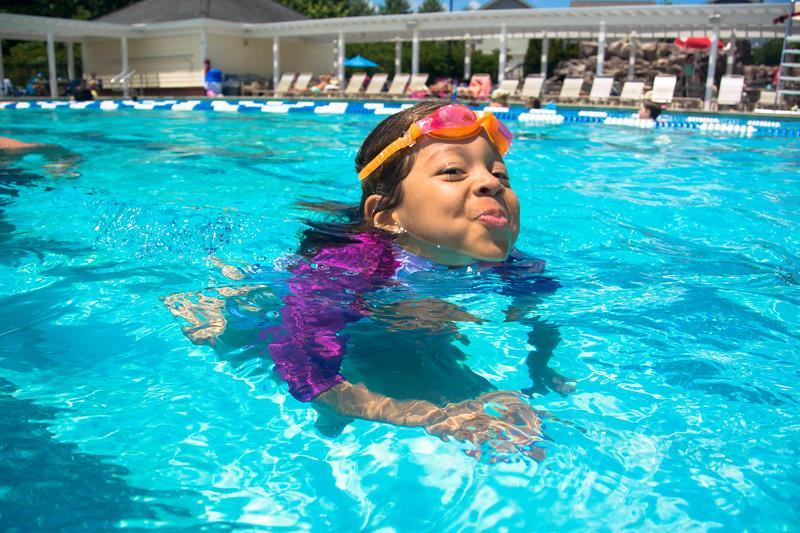 Pool fun-705.jpg