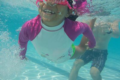 Pool fun-648