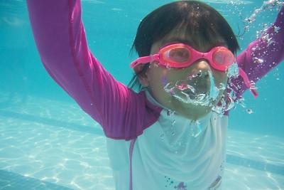 Pool fun-423