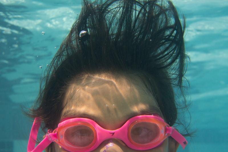 Pool fun-402.jpg
