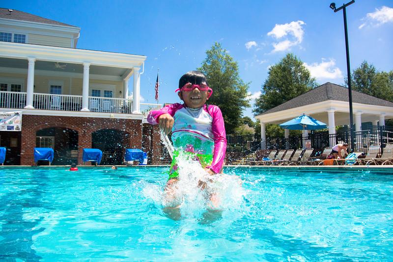 Pool fun-483.jpg