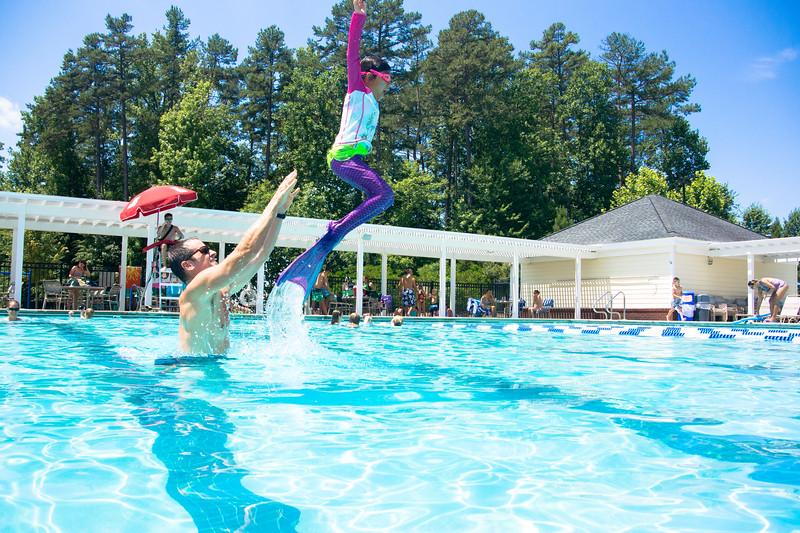 Pool fun-638.jpg