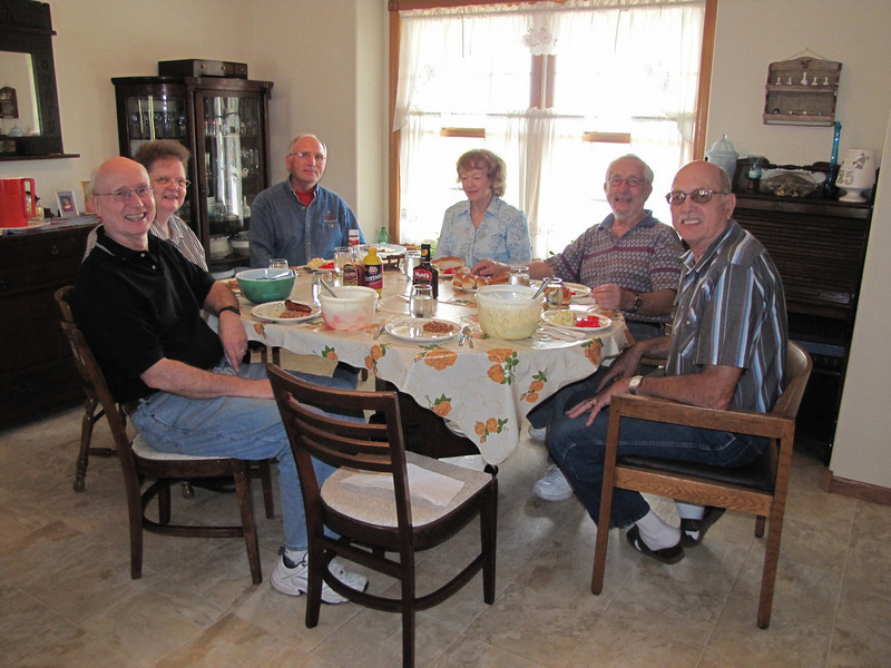 Sweet family dinner.<br /> October 11, 2010