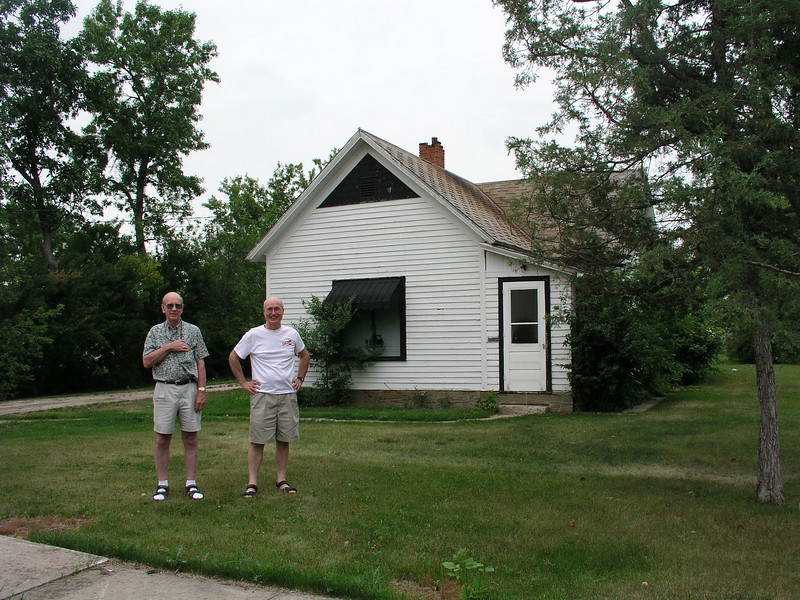 Andrew and Lizzie (Thompson) Surdahl's home in Bottineau