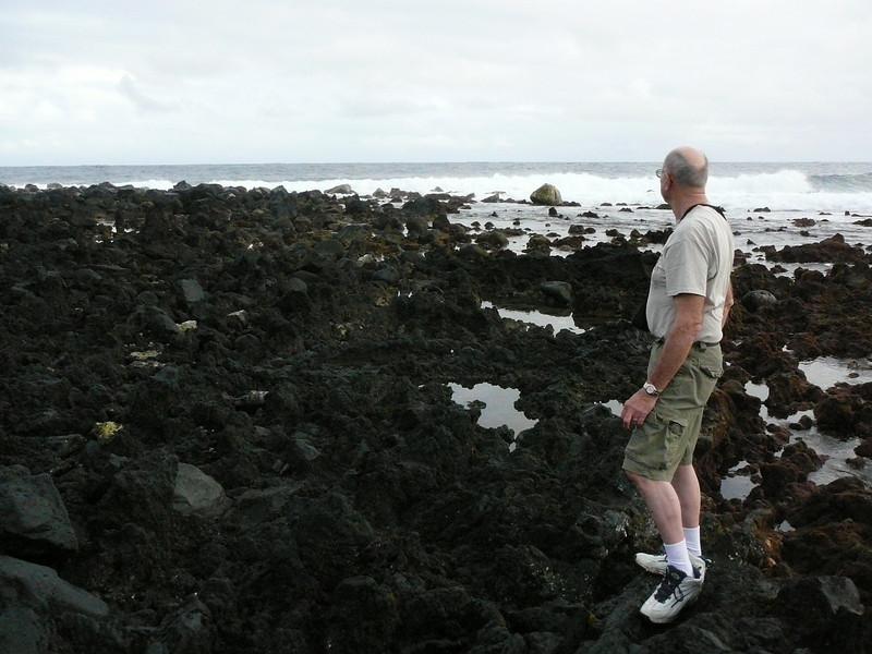 Oscar and Dave explore the Puna coast.<br /> February 1, 2008