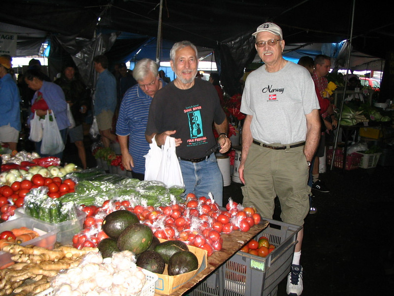 JD, Oscar, and David had an exciting run to the Hilo Farmers Market on February 2.