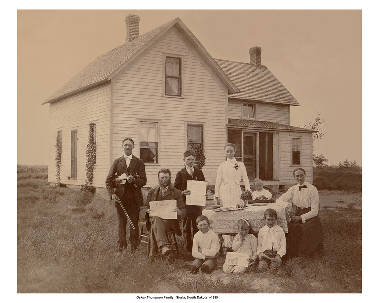 The nest picture is a reenactment of this picture taken in 1899.