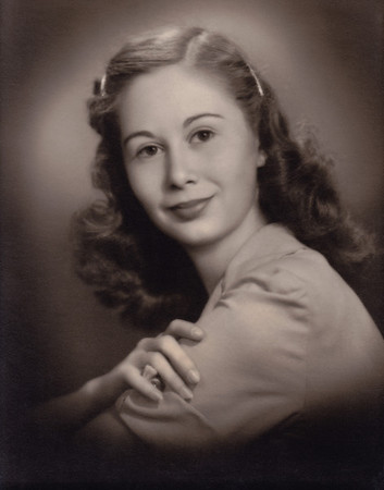 Norma (Davenport) Wright. Photo was taken by a photogapher at Heers Department store, on the square in Springfield, Missouri - about 1950-1951.
