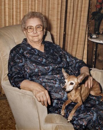 Gladys Wright and her dog, Tiny