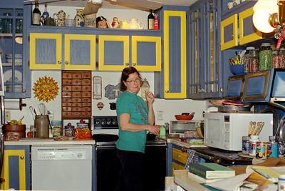 Rita in the kitchen at Rock Eddy Bluff B&B near Rolla, Missouri. Spring, 2001.
