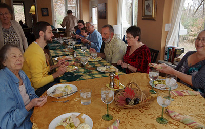 Thanksgiving table at Rita's, 2012