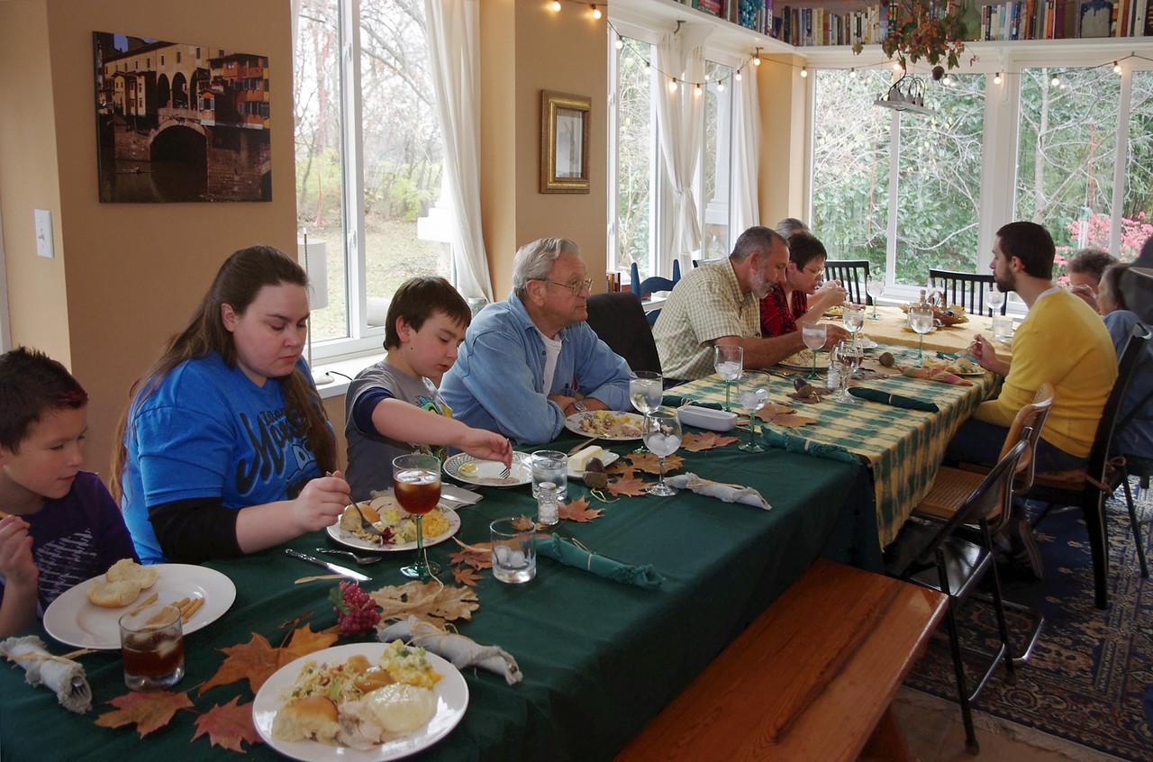 Thanksgiving table at Rita's, 2012