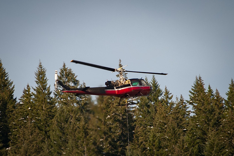 I wanted to post another of the Logging Helicopter.  This is a 100% crop showing the heat shimmer and the missing cowling.  This was with an older 80-200 f2.8 that I picked up for $300 recently.  Also, this is with an old 12Mp D700