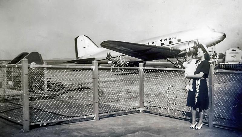 19470000c_Diana first plane trip_edit