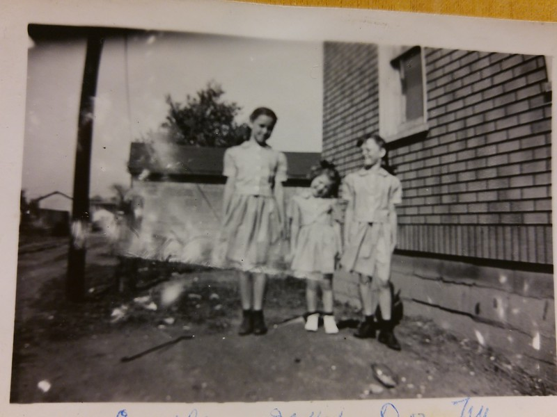 Carolee, Joyce and Dorothy Chaney