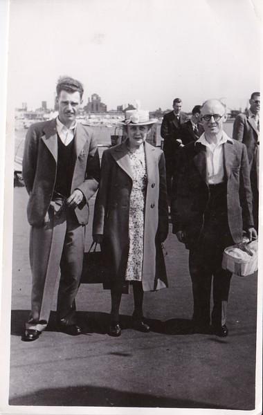 Eddie Wolsey, Isabel Gregg Hendy, Sidney Hendy August 1949 Southend.