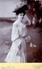 Elena Tshuda née Nicoletti (grande-mère maternelle de Nonna Adèle).  Guessing 1870-1880.
