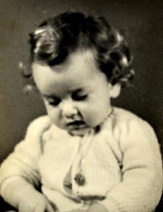Rafik (Riri) circa 1947 (14 mois).