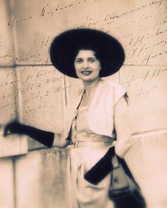 Mady in Paris 1948