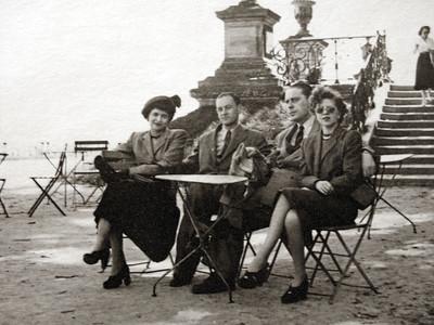Mady, Jenia (Dad), Shoura and Mignon in Paris