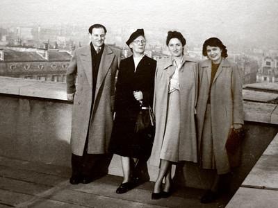 Dad, Lena, Dina and Mady in Paris