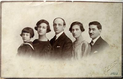 Jenia (dad), Grandma, Willy, Lena and Dania