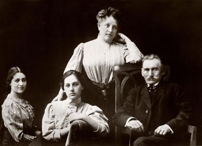 Goldenberg family