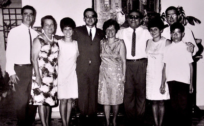 L-R: Raouf, Nonna, Suzy, Rafik, Ima, Bibo, Maggie, Joe, Georges.