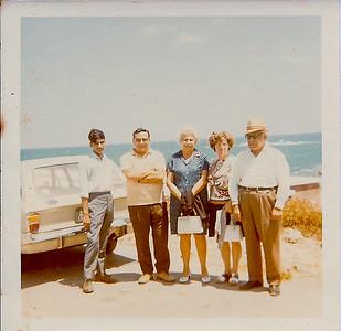 L-R some guy,  Bibo, Laure, Irma, Fouad.  Alexandrie, 1971.