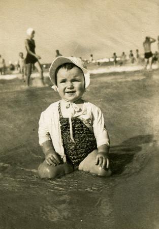 Looks like I enjoyed the beach way back then !!