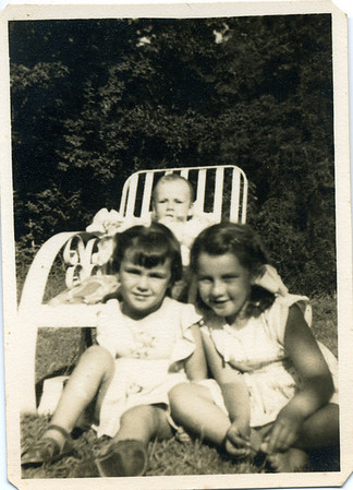 Judith & Lesley Bray with Beverley Duguid