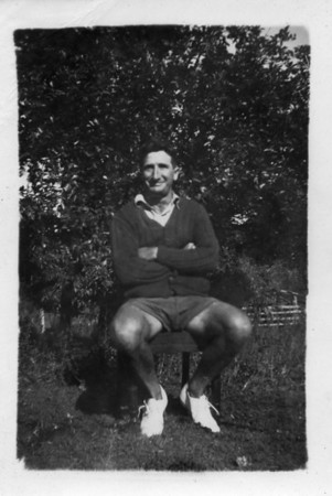 Cyril Tinney born 1906 and married Sarah Tolson.  Photo from my Grandmother's Collection - May McGilvery