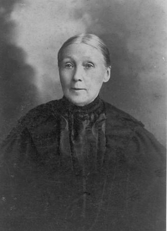 My great great grandmother Ellen McGilvery (nee Farmer).  1832-1901 I believe (but not 100% sure) Ellen was the daughter of Richard Farmer and Catherine Jeffers.  This photo was given to me by Robyn Bennett, a McGilvery descendant.