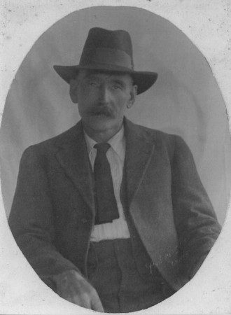This is my great grandfather Edward McGilvery (1865-1945) - son of Alexander & Ellen McGilvery (nee Farmer).  Edward was born in Kilshannig by Mallow (probably Danesfort) and died in Hendra, Brisbane, Australia.  Edward immigrated to Australia on the SS Caroline in 1882 - why he chose to come to Australia when his siblings immigrated to America is not known.  He married Albertine Parnemann, a German girl, in Toowoomba, Queensland in 1887.  Unfortunately Albertine passed away just 3 weeks after their youngest son was born, leaving Edward with five young children to care for. Edward remarried in 1902 to Mary Jane Jarrett (nee Ratcliffe).  Mary had two children to her 1st marriage, and Edward & Mary had no children together.  Edward's children spoke very well of Mary Jane.  This photo given to me by McGilvery descendant Robyn Bennett.