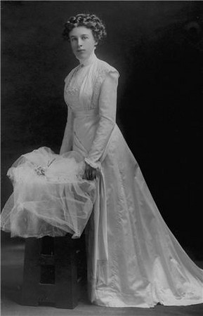 Emma McGilvery (1887-1978) on her wedding day.  Emma was the daughter of Thomas & Emma McGilvery (nee Hurlbert).  She married James Stewart Cunningham in California in 1919.  This photo was given to me by their descendant, Chris Cunningham.