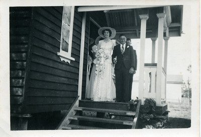 Charlie & Ellen Curd on their wedding day in 1951 at St Paul's Anglican Church, Jandowae.  Nell wrote on the back of the photo - Taken just as we were coming out of Church  Photo from my grandmother's collection - May McGilvery (nee Munro)
