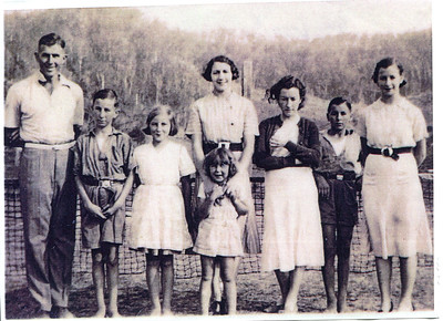 Children of Frank and Evelyn Bray