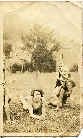 Betty, Barbara, Rodney & Noella Bray