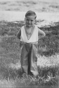 Herchel Floyd Bennet Trogdon, Jr. I think this must be Dale.
