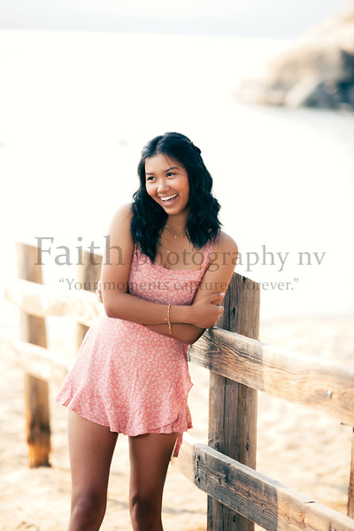 Lily Landt Wooster Grad 2021 2020Faithphotographynv 115A2861