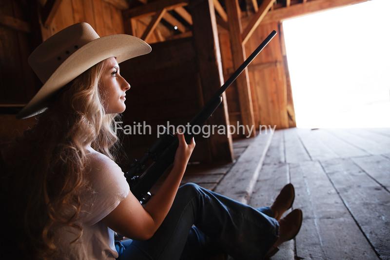 Loren Levy (Stacey) GalenaGrad2021 2020Faithphotographynv 115A5600