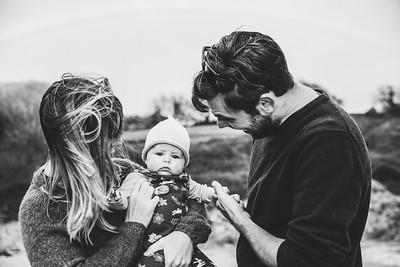 Emily & Alex FAMILY-7-BW