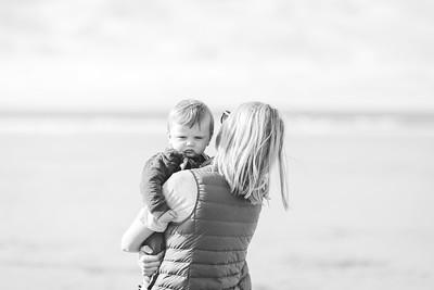 007-anna wesson watergatebay family photoshoot-BW