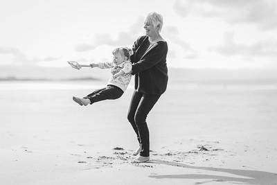 013-anna wesson watergatebay family photoshoot-BW