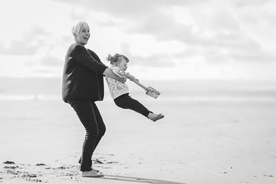 014-anna wesson watergatebay family photoshoot-BW