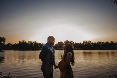 Best Montreal Maternity Photographer | Montreal | Lasalle | Quebec | Family Photography | LMP Photo and Video