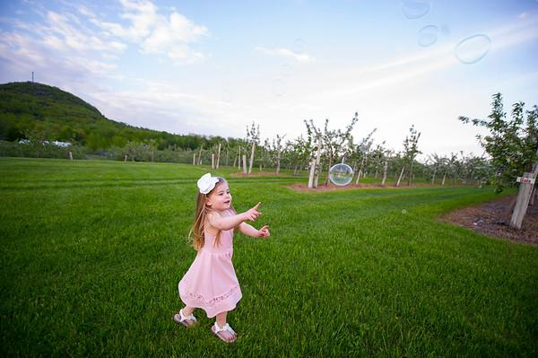 Montreal Family Maternity Newborn Photographer | Montreal | Lindsay Muciy Photography |