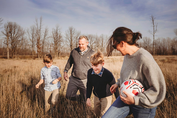 Montreal Family Photographer | Family Photography + Videography | Lifestyle Photographer | Greater Montreal | LMP Photo & Video